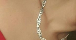 Prom Jewelry Necklace and Bracelet Set Bought this last year for my prom. Wore i...