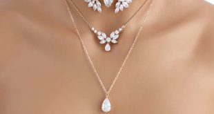 Rose Gold layered necklace Bridal necklace Bridal jewelry Rose gold choker necklace Statement necklace Swarovski Wedding necklace