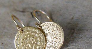 Gouden schijf oorbellen, gouden oorbellen, gouden oorbel, Cirkel oorbellen, eenvoudige Gold Dangle Earrings, Mandala Earring, empowerment Gift