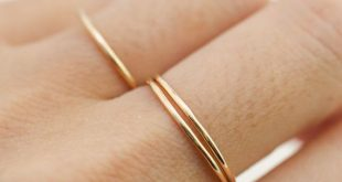 Ultra thin gold hammered band, 0.75mm band, 1mm band, dainty hammered wire ring, simple skinny ring, 14k solid gold, rose gold, white gold