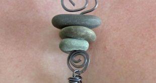 25 + › Symbolik in Schmuck: Cairns. Machen Sie eine Cairn-Halskette, um sich an einen geliebten Menschen zu erinnern oder …