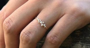 Cluster Ring in 14k Gold / Diamond Cluster Ring / Unique Diamond Stackable Ring / Diamond Wedding Band / mothers day