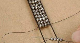 25 + › Ein geflochtenes Armband aus Lederband und facettierten Perlen … #armband #fa …
