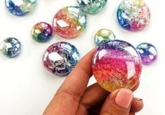 DIY Glass Cracked Gems and Stones Jewelry • Color Made Happy #jewelrystones