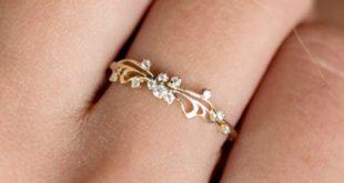 Delicate Gold & Diamond Butterfly Ring | MelanieCaseyJewelry on Etsy