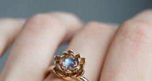 Mondstein-Verlobungsring, Blume Verlobungsring, Gelbgold-Ring, einzigartige Verlobungsring, Vorschlag Ring, Lotus Ring, Blumenschmuck