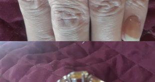 1 caret yellow topaz ring Beautiful 1 caret yellow topaz trilogy style ring. Si...