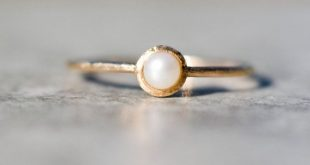 14k Gold Wedding Ring, Pearl Engagement Ring, Yellow Gold Pearl Ring With Secret Heart, Hammered Band Ring, Christmas Gift For Woman