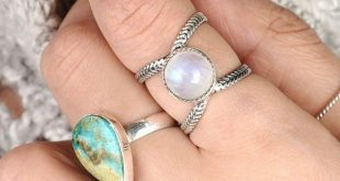 Jewelry Rainbow Moonstone Ring, Sterling Silver Ring for Women, Boho Ring with Stone, Simple Ring, Birthstone Gemstone Ring, Wanderlust Jewelry