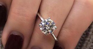 27 einfache Verlobungsringe für Mädchen, die klassischen Stil lieben