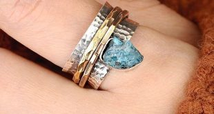 Apatite ring, raw stone ring, Spinner rings womens, sterling silver ring, handma...