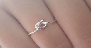 Eve Simple Minimalist Knot Infinity Metal Ring