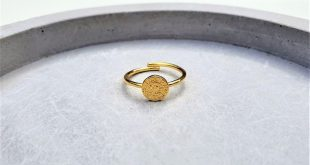 Phaistos ring, gold disc ring, ancient Greek ring, adjustable ring, coin ring, stackable ring, round ring, Greek jewellery