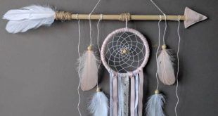 Pink arrow nursery dream catcher/ large baby mobile/ Large arrow wall hanging/ Shabby chich dreamcatcher/ Baby shower gift