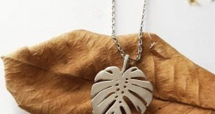 Silver Leaf Necklace, Short Monstera Jewelry, Simple Minimalist Everyday Jewelry, Nature Gift for Women, Dainty Monstera Layering Necklace