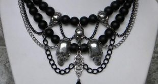 Skulls And Swags Gothic Pewter Black