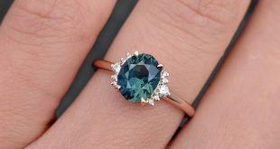 Wir sind verliebt in diesen neuen maßgeschneiderten Ring, den wir für einen Kunden mit
